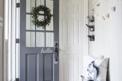 AKA-Design-black-and-white-entryway