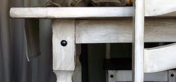 DIY Project: Rustic Farmhouse Table