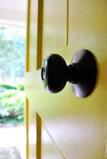 oil rubbed bronze spray painted door knob