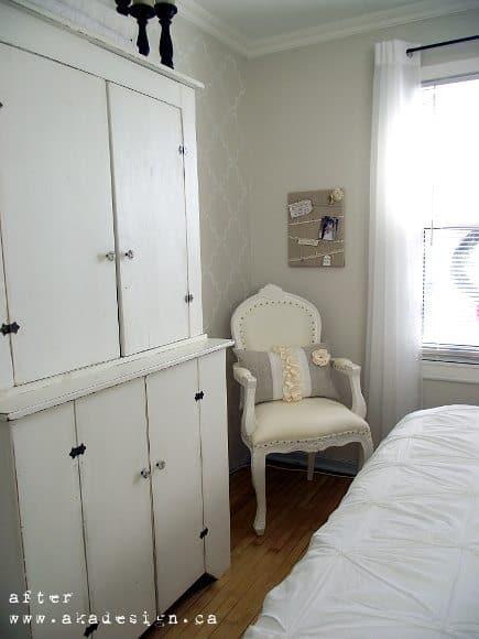 bedroom corner after
