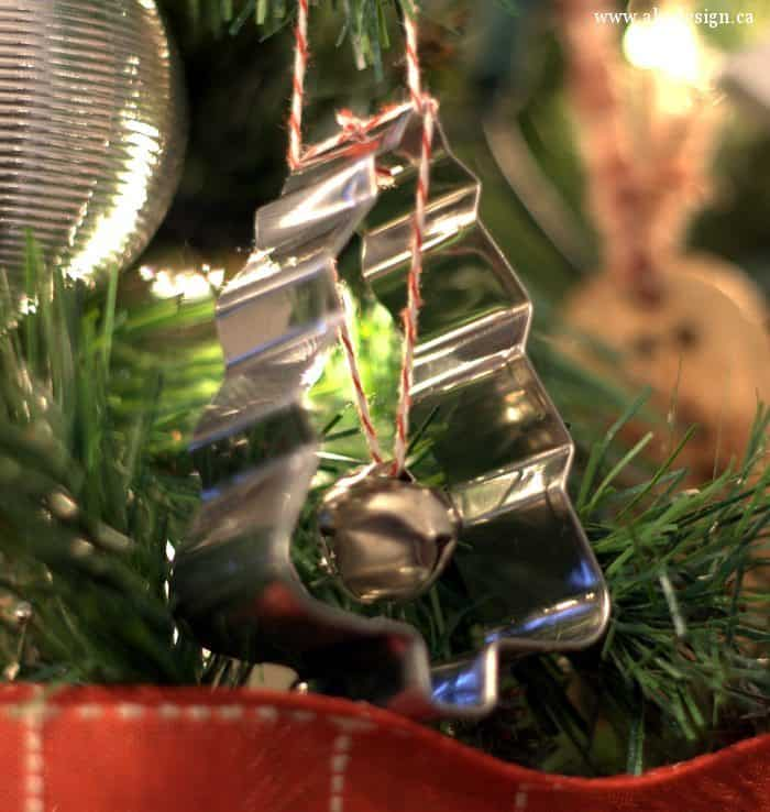tree cookie cutter ornament