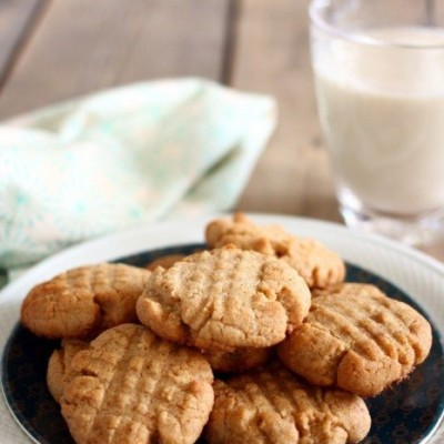 Peanut Butter Cookies Just Like Grandma Used to Make!