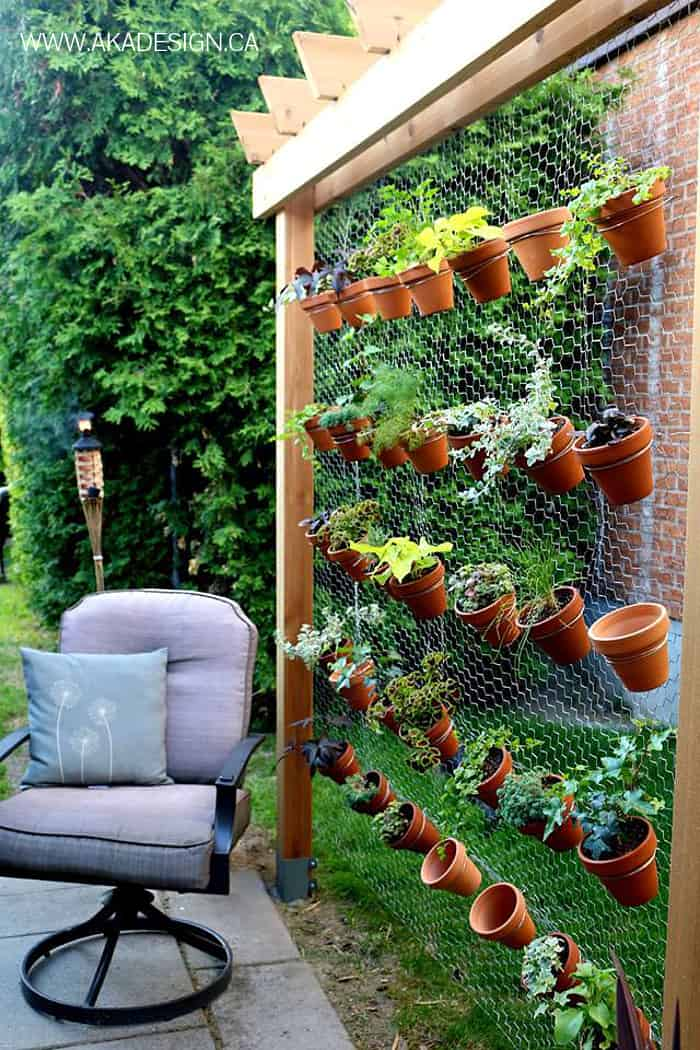 How to build your own diy vertical garden wall for Vertical garden design