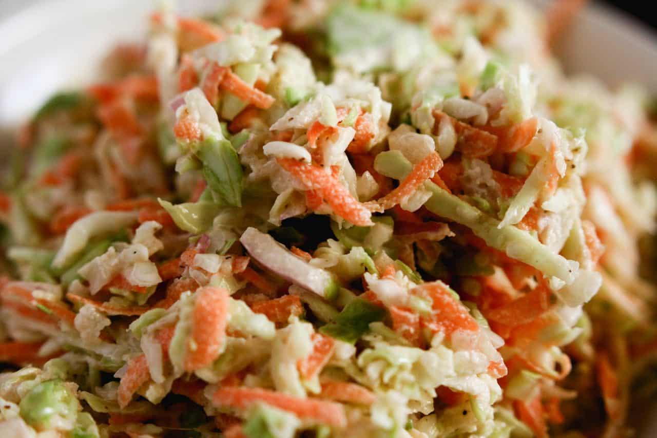 Coleslaw recipe - perfect for summer picnics, potlucks and bbqs!