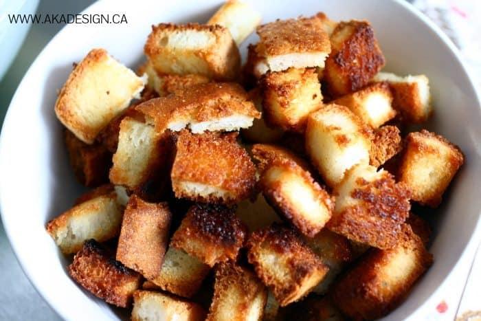 homemade gluten free croutons | www.akadesign.ca
