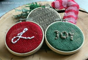 COLORED BURLAP CHRISTMAS HOOP ART