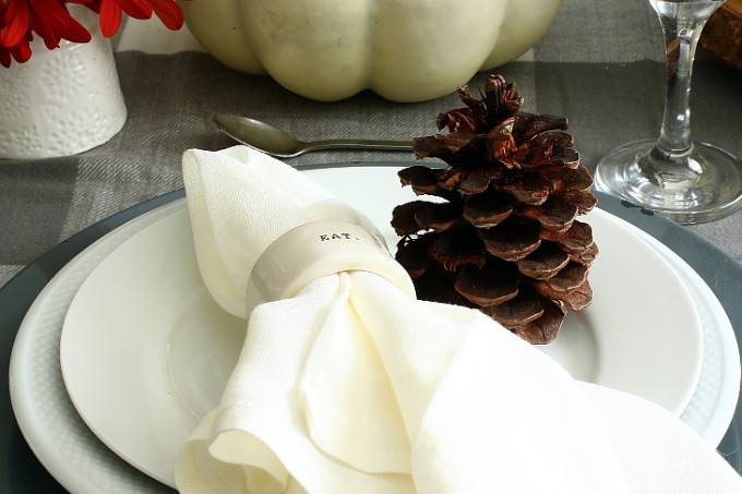 WHITE GREY AND LINEN PLACESETTING