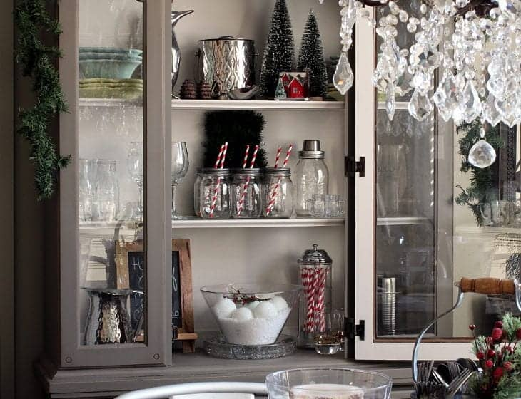 CHRISTMAS DINING ROOM HUTCH