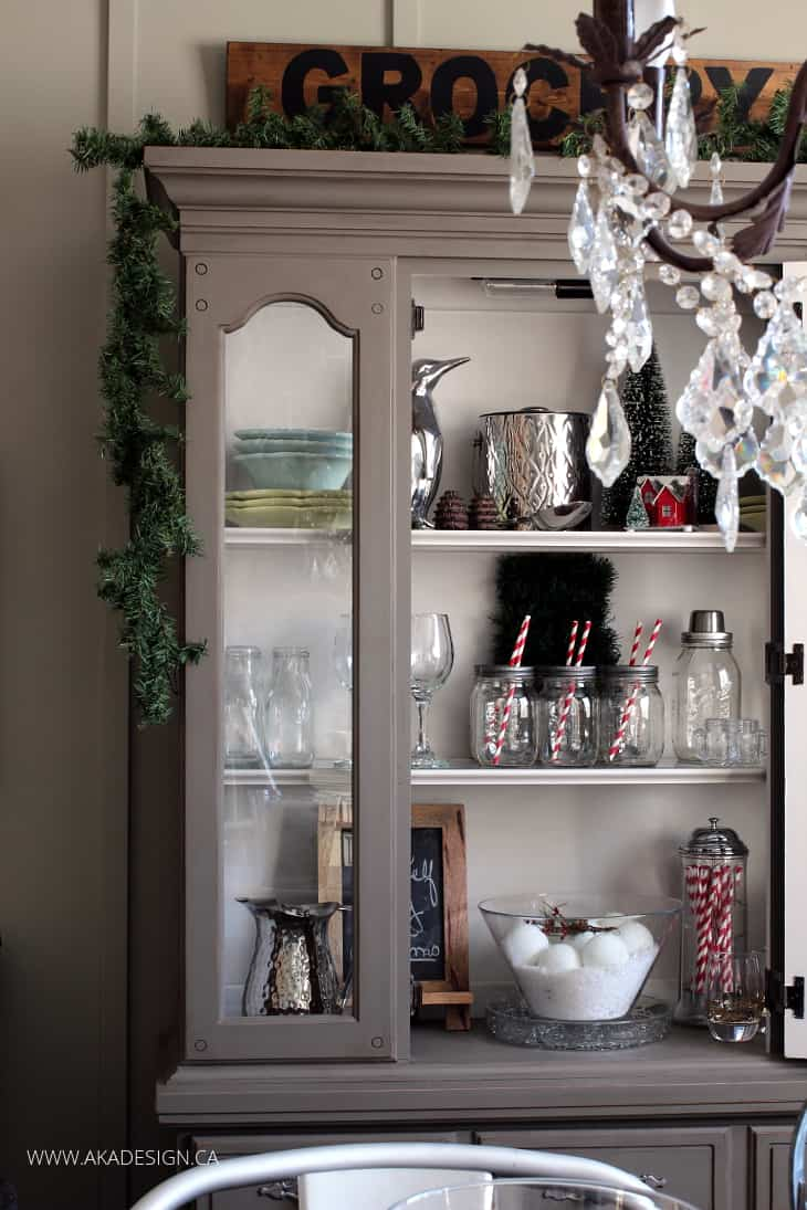 decorating a dining room hutch for christmas