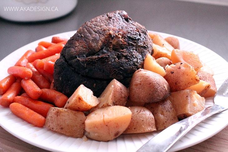 SLOW COOKER ROAST BEEF DINNER 2
