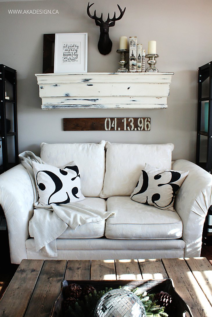 CREAM LOVESEAT MANTEL NUMBER PILLOWS ACTIONS