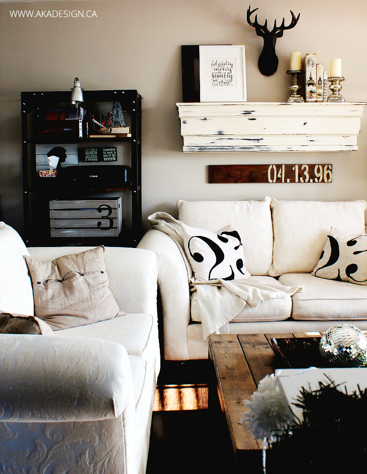 WINTER LIVING ROOM A