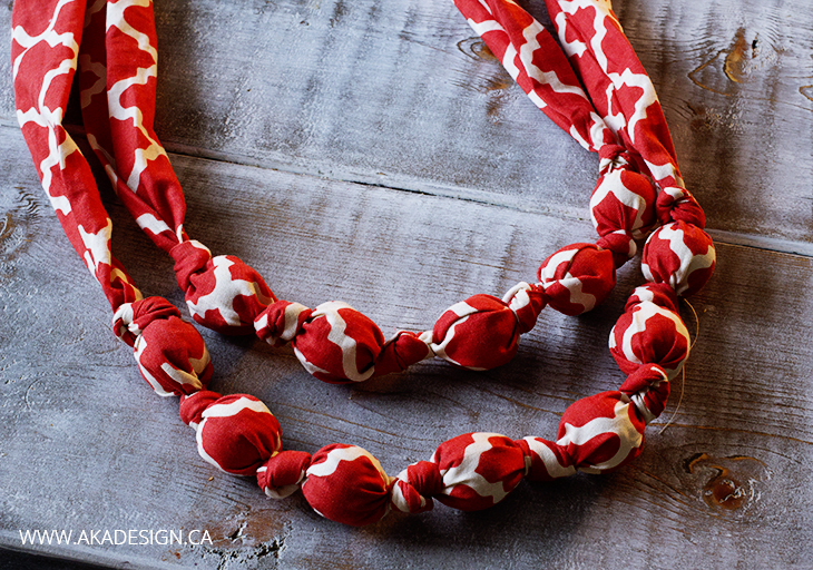 BEAD AND FABRIC TEETHING NECKLACE