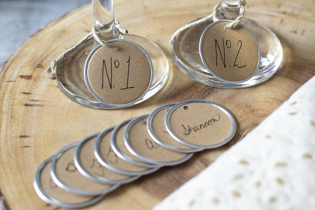 kraft paper ring tags with names and numbers