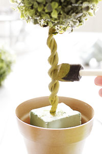 paint vine and stem on diy topiary