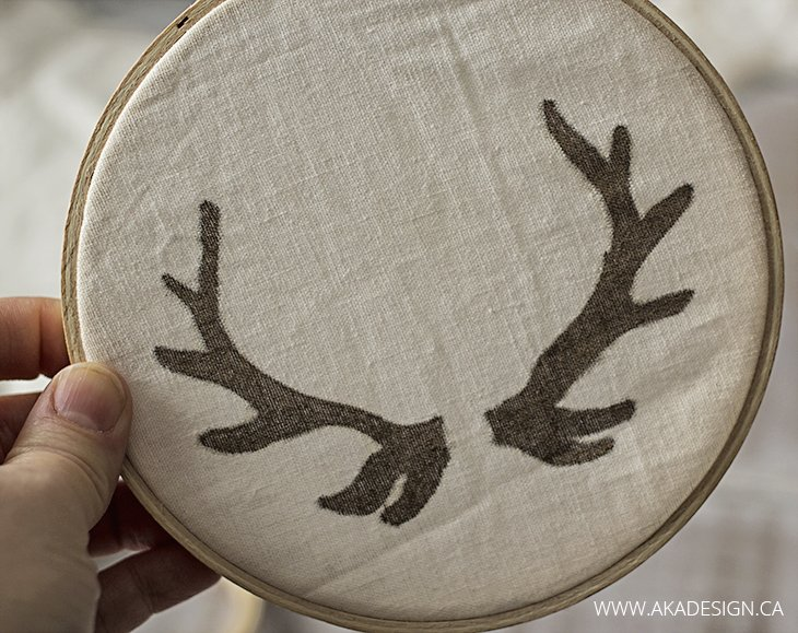 sharpie antlers on linen in embroidery hoop