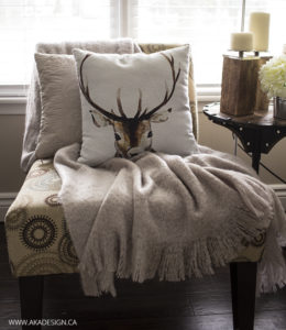 Living Room Faux Mohair Throw Wood Block Candles