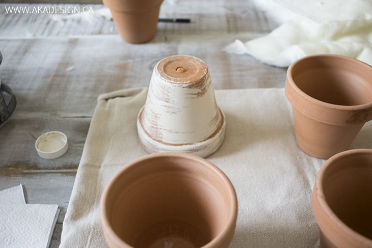 painting clay pots