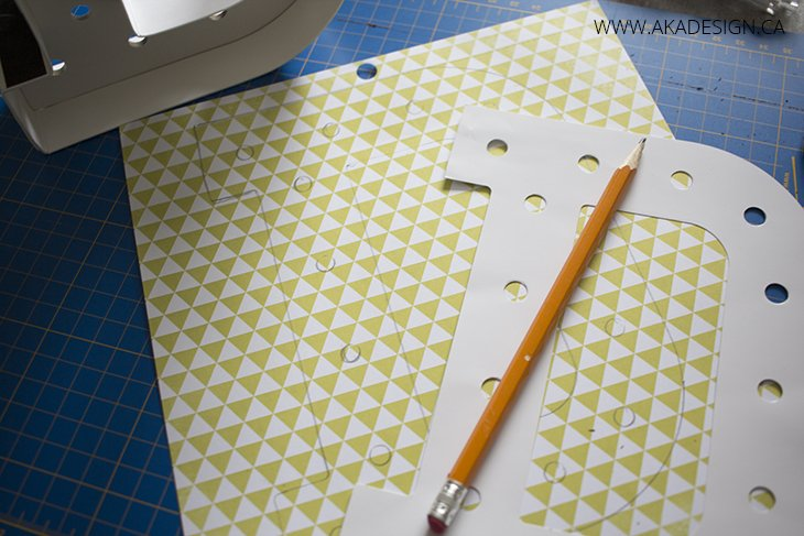 tracing paper letter onto paper