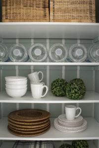 Pretty Closet Pantry