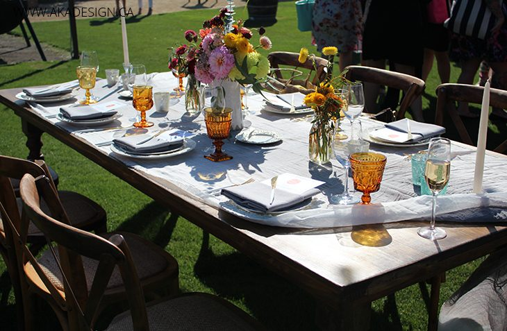outdoor dinner table event