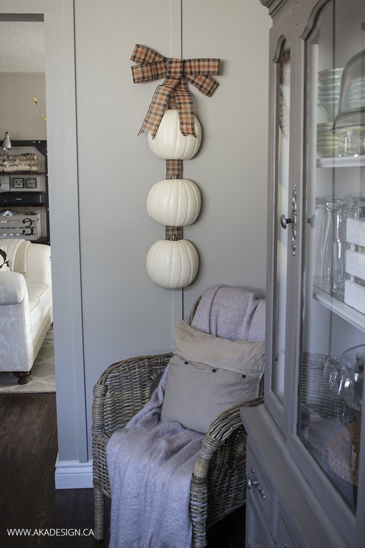 Hanging Pumpkins from AKA Design  |  25 Creative DIY Pumpkins at www.andersonandgrant.com