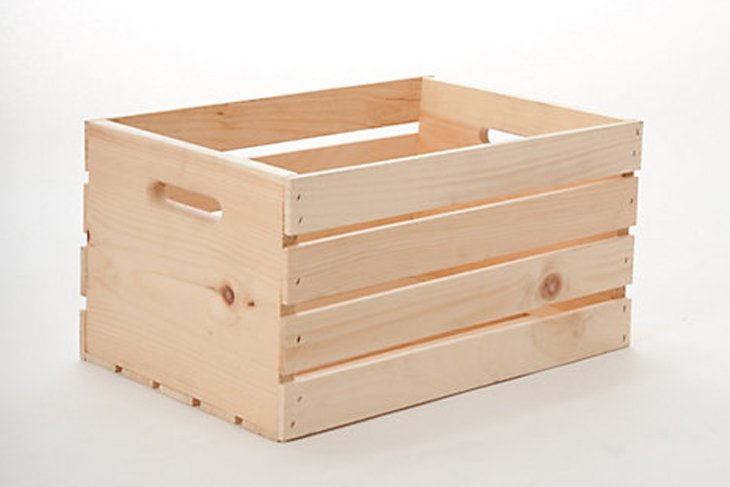 diy wooden crate with logs greenery and lights. Black Bedroom Furniture Sets. Home Design Ideas