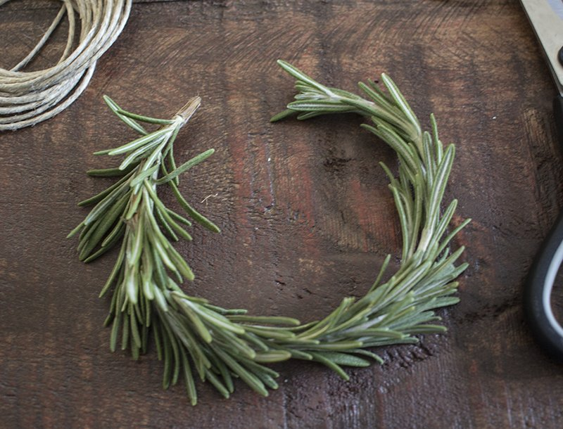 AKA Design Rosemary Wreath Place Cards Bending BLOG PIC