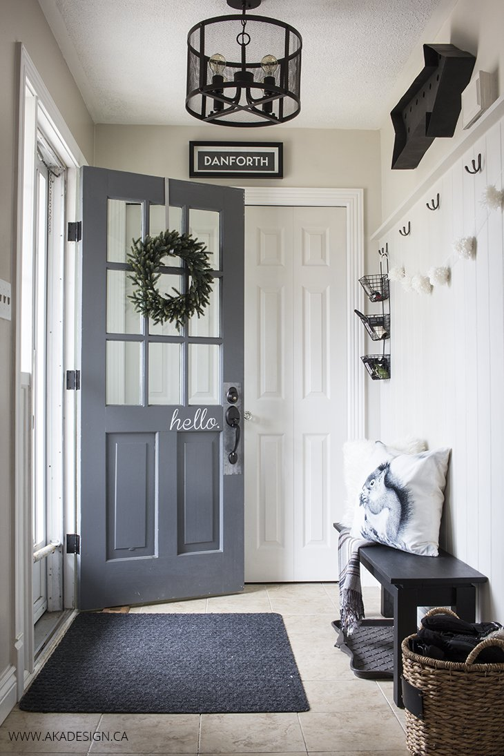 AKA Design black and white entryway