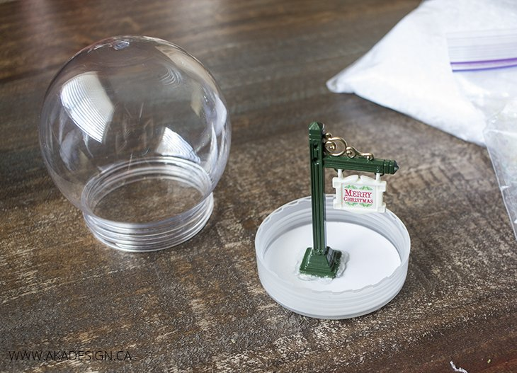 hot glue lamp post to snow globe lid