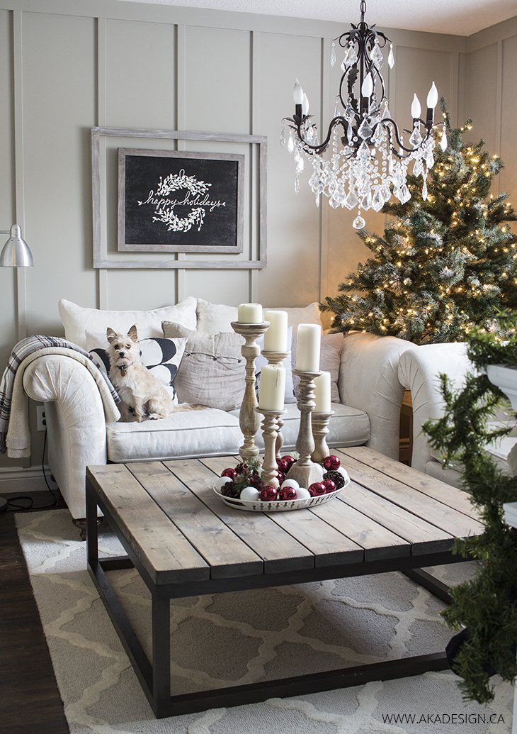 Country living christmas home tour for Christmas home decor 2016