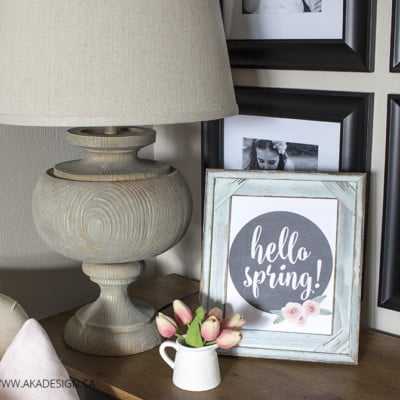 How to Create a Vignette (and 'Hello Spring' Printable Art)