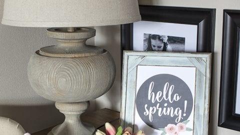 How to Create a Vignette PLUS FREE 'Hello Spring' Printable Art