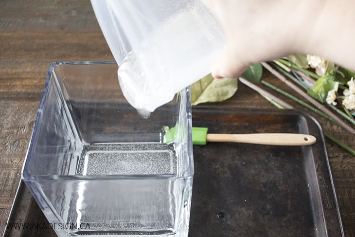 pour quick water into vase 1