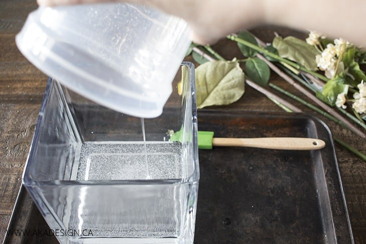 pour quick water into vase 2