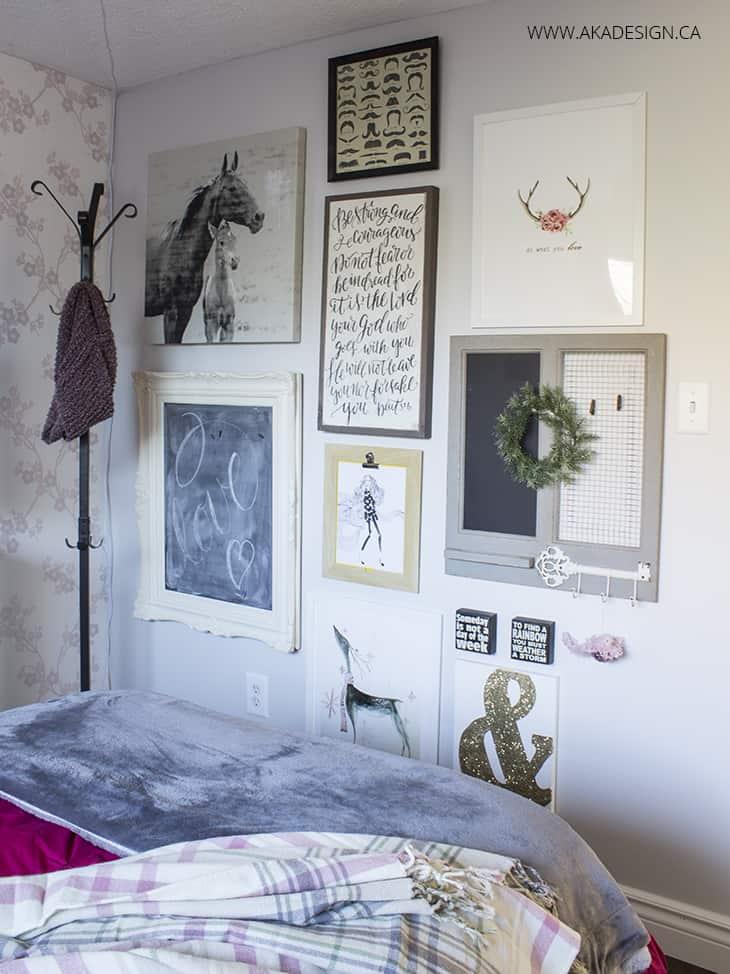 Beautiful gallery wall teen room