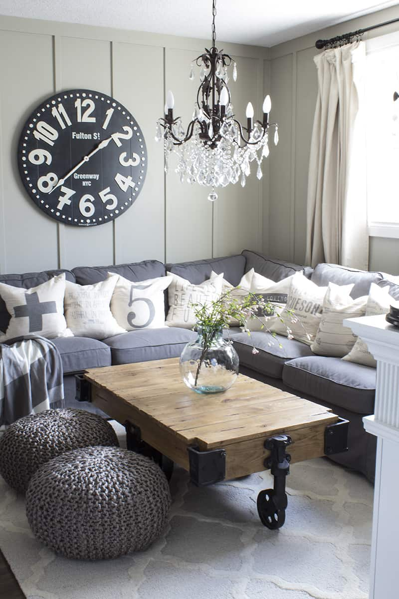 Light bulb moment! These tips for how to decorate with neutrals from Shannon at AKA Design are genius! Click through to the post to read them all!