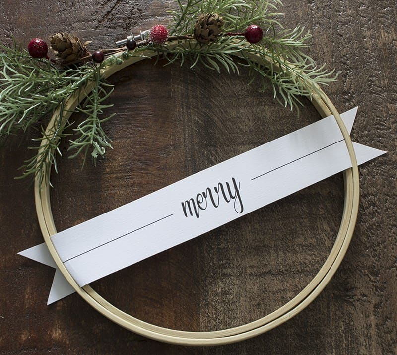 aka-design-merry-christmas-embroidery-hoop-wreaths-4-blog-pic