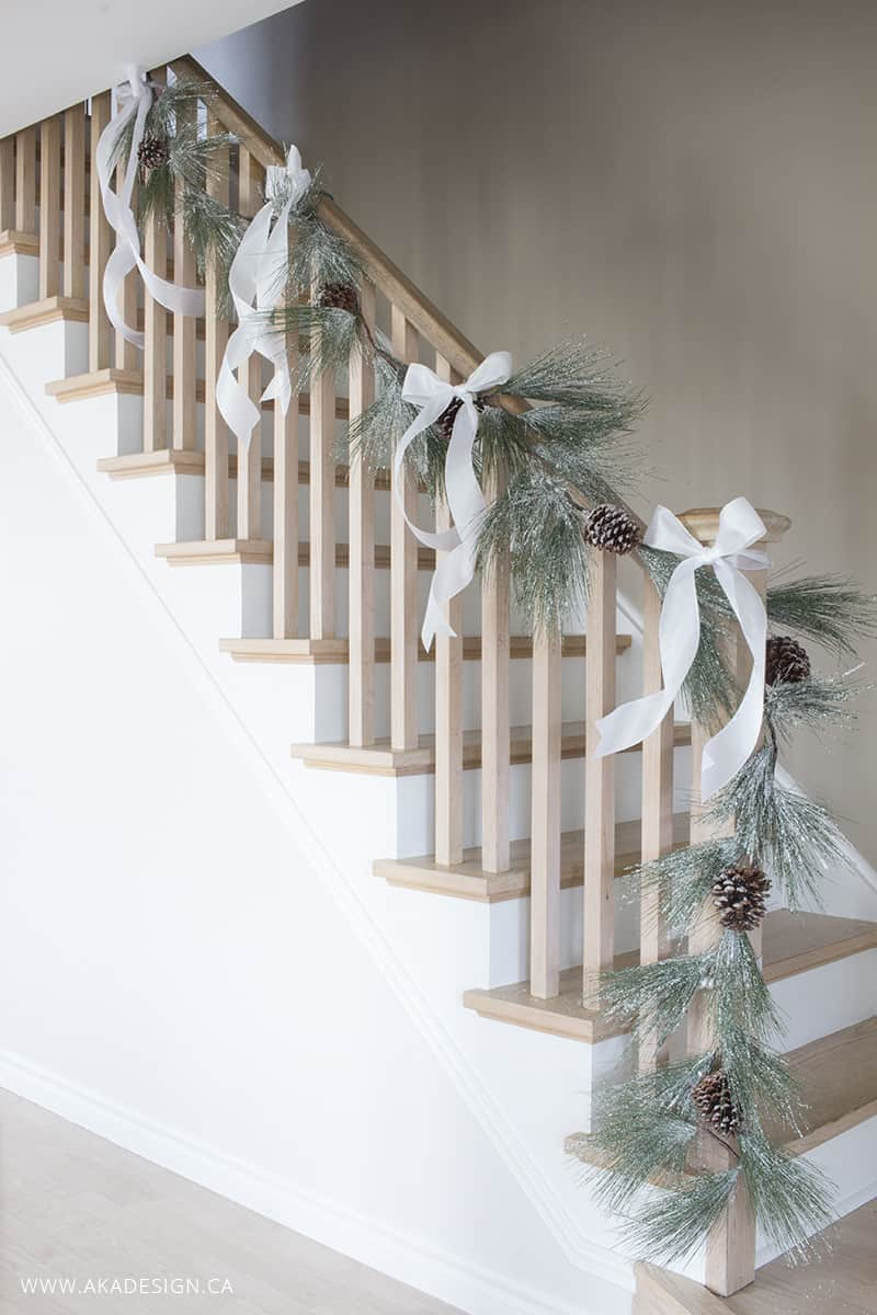 aka-design-railing-for-christmas