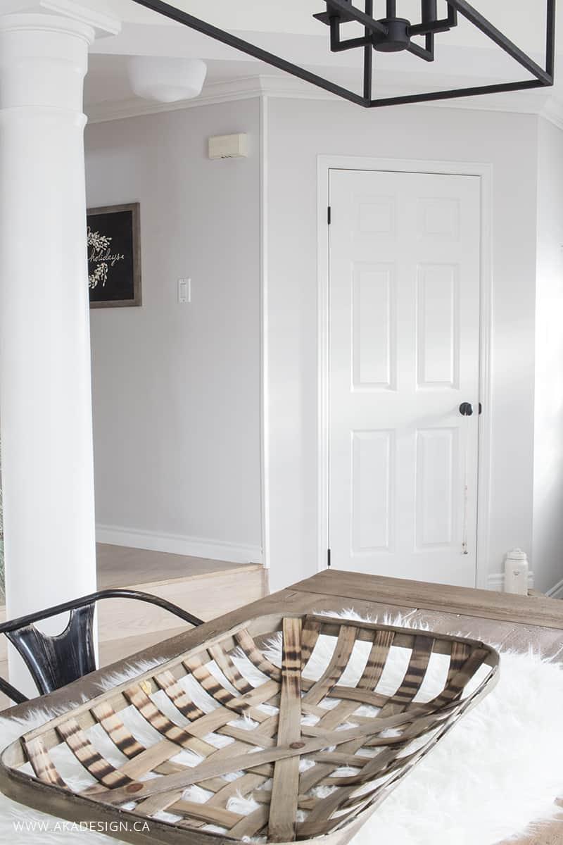 entry-hall-closet