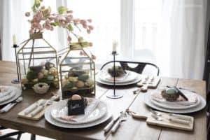Feminine Easter Table Ideas