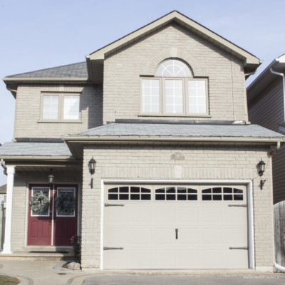 Working on the Curb Appeal – Part 1 – Updating the Garage Doors