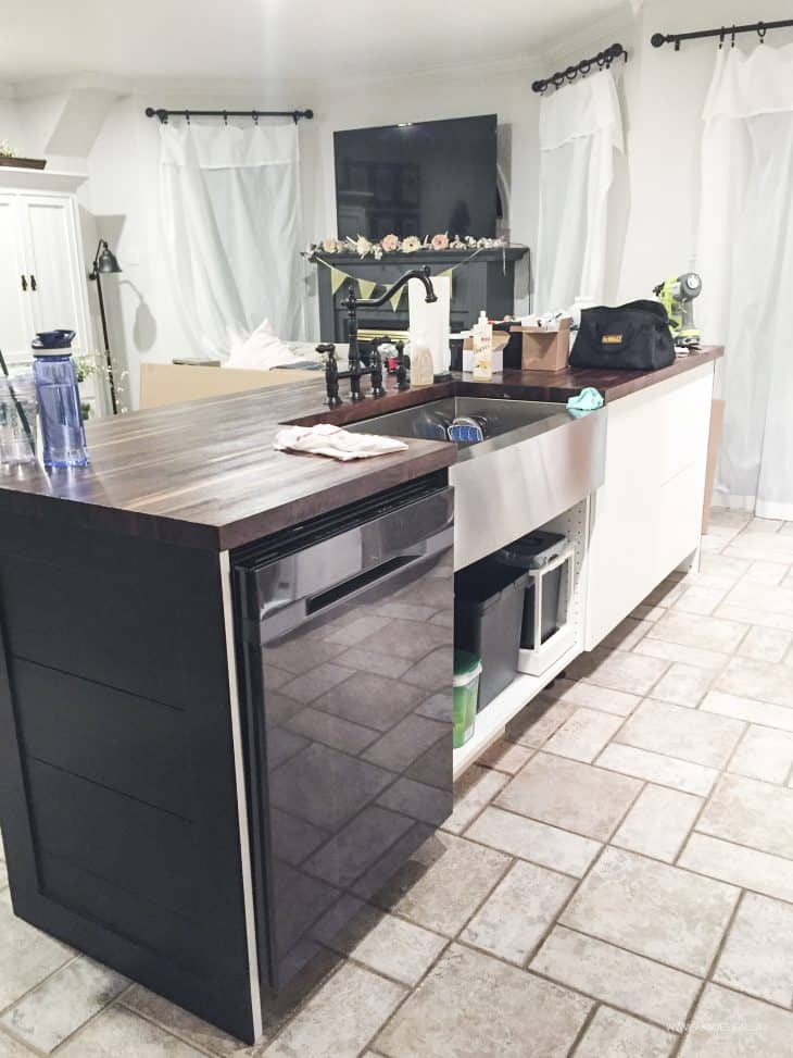 kitchen island and dishwasher