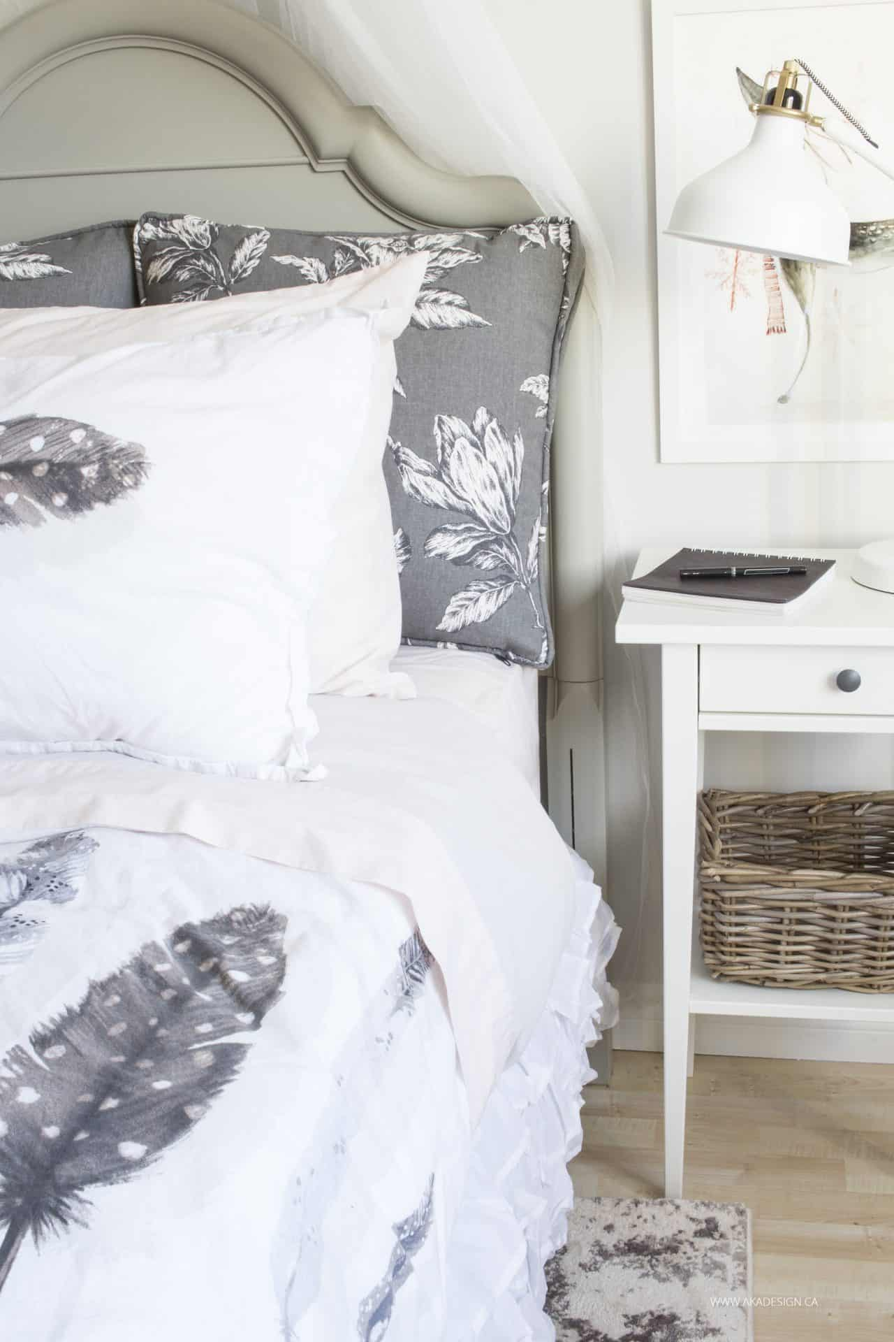 grey and white feather duvet