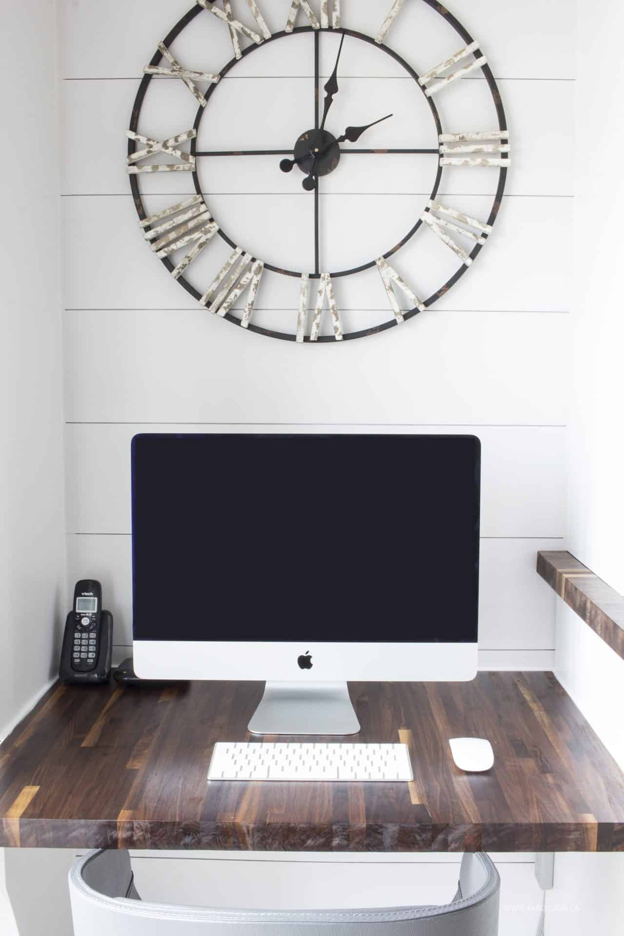 modern farmhouse kitchen desk area