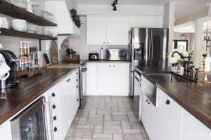 white farmhouse kitchen | shiplap backsplash | butcher block