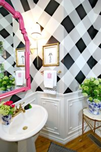 DimplesandTangles Hand Painted Gingham Wall Tutorial