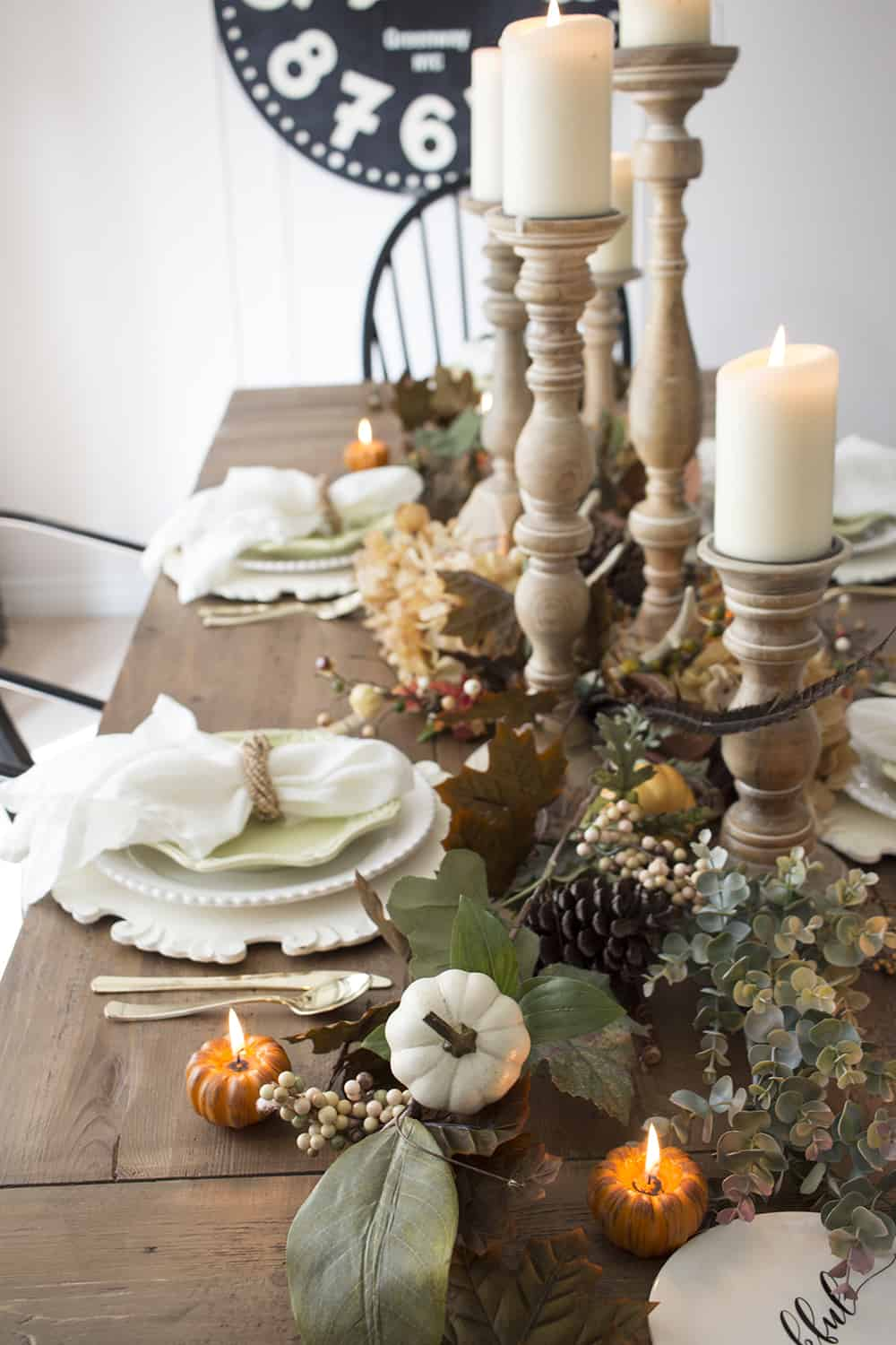 farmhouse fall centerpiece detail