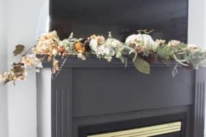 fireplace garland detail 2