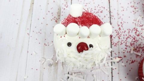 Easy Santa Cupcakes – Use a box mix & make them gluten free!